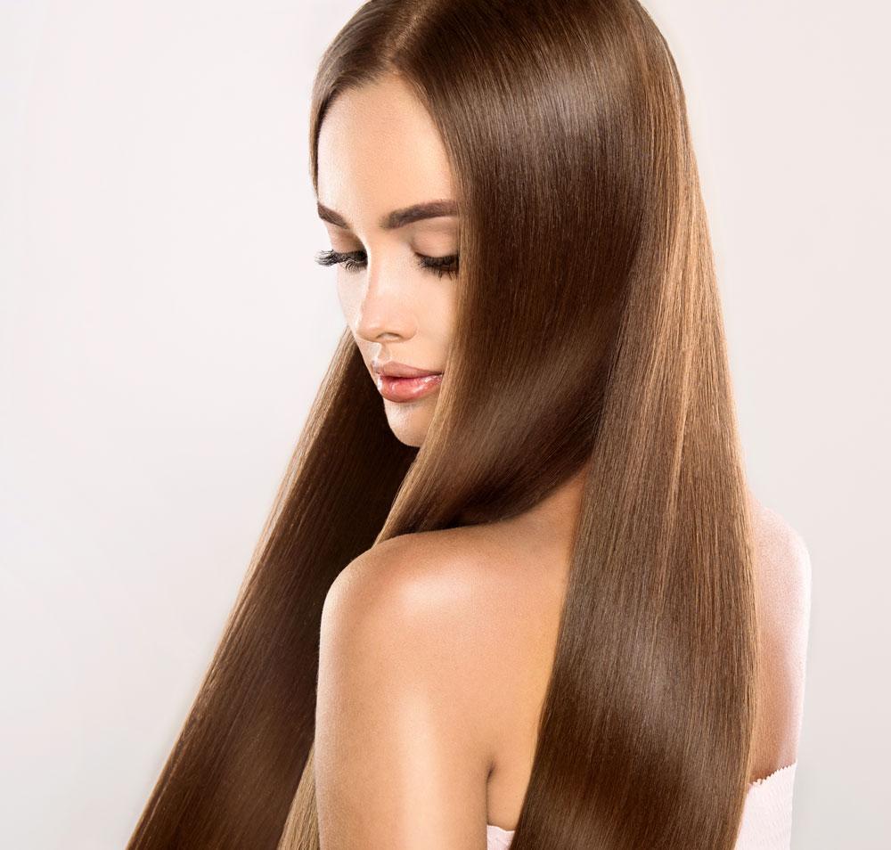 Без повече суха и хвърчаща коса! Най-добрите продукти за изглаждане на косата